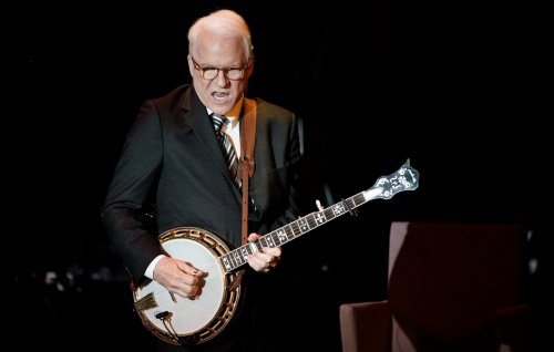 Watch Steve Martin show off his banjo skills in new viral clip
