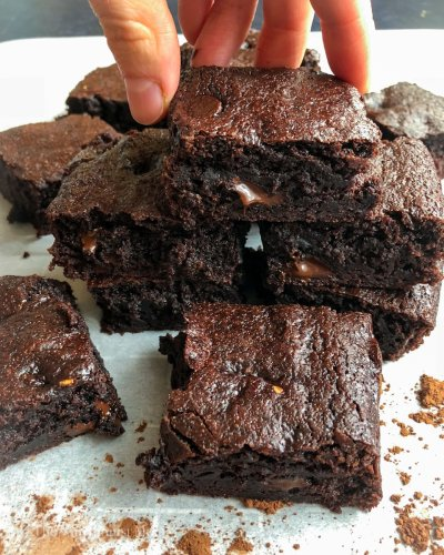 COLLAGEN PROTEIN BROWNIES – No Excuses Nutrition