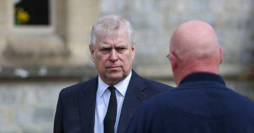 'Prins Andrew hoopt nu op sympathie'