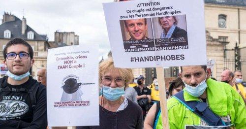 « Allocation Adulte Humilié » : à Paris et à Lille, des manifestations pour la déconjugalisation de l'AAH