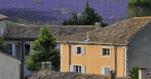 Dans la Drôme et l'Ardèche, les acheteurs se ruent sur les maisons