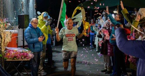 4 888 km autour d'un pâté de maisons : à New York, découvrez la course à pied la plus folle au monde