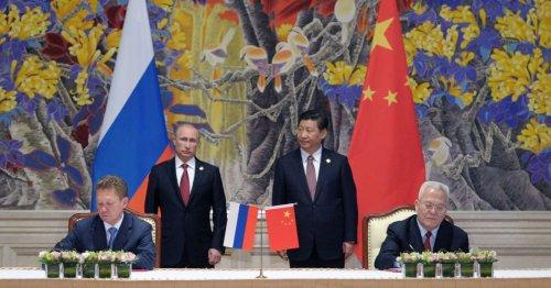 Comment les dirigeants autoritaires perfectionnent l'art de paraître plus puissants qu'ils ne le sont