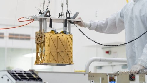 Out Of Thin Air: NASA Rover Makes Oxygen From Martian Atmosphere