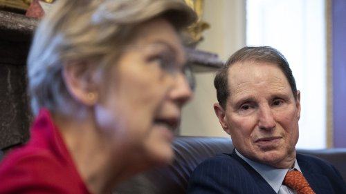 Senate Democrats unveil a plan for a new tax on billionaires