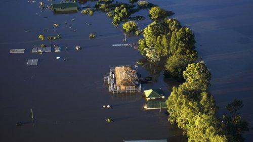 40,000 Evacuated, At Least 2 Dead In Massive Australian Floods