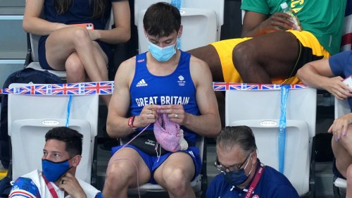 Tom Daley Is Knitting His Way Through The Tokyo Olympics