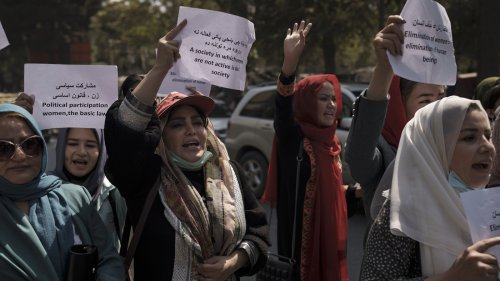 Female Government Workers In Kabul Told To Stay Home In Latest Taliban Rule