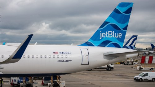 A Passenger Attempted To Rush The Cockpit In A Violent Incident On A JetBlue Flight