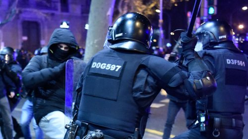 Violence Erupts In Barcelona On 5th Night Of Protests Over Jailed Rapper
