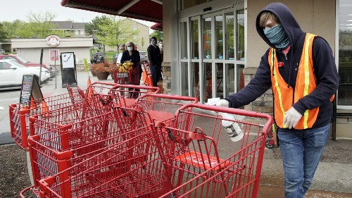 Grocers Have A Strategy To Get Their Workers Vaccinated Against COVID-19: Pay Them