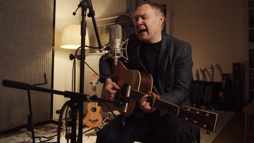 David Gray Performs A Mini-Concert For World Cafe