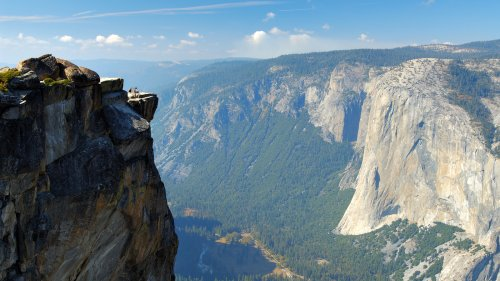 'Is Our Life Just Worth One Photo?' Wrote Woman Who Fell To Death In Yosemite