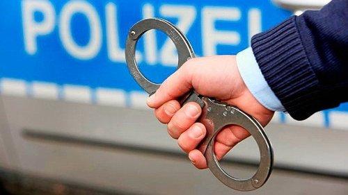 Mann aus Xanten belästigt Frau am Moerser Bahnhof