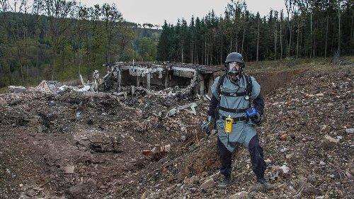 Tsjechië zet achttien Russen het land uit om explosie in munitiedepot