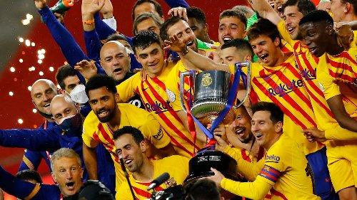 Koeman wint eerste prijs met Barcelona door hoofdrol De Jong in bekerfinale