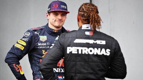 Hamilton pakt pole op Imola, Pérez en Verstappen tweede en derde