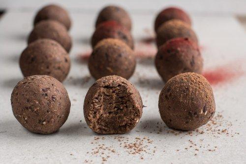 Bliss Balls [Healthy, Vegan, Low-Fat, Gluten-Free]   Nutriplanet