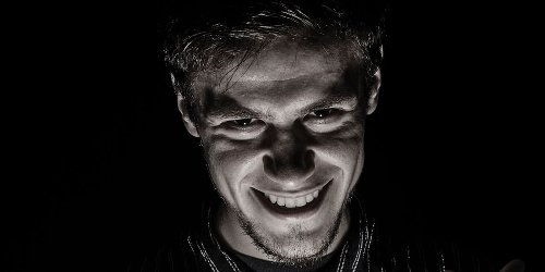 New study provides insight into how people with dark personality traits think about happiness