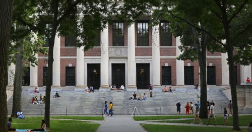 Harvard Has Too Much Money to Have So Few Students