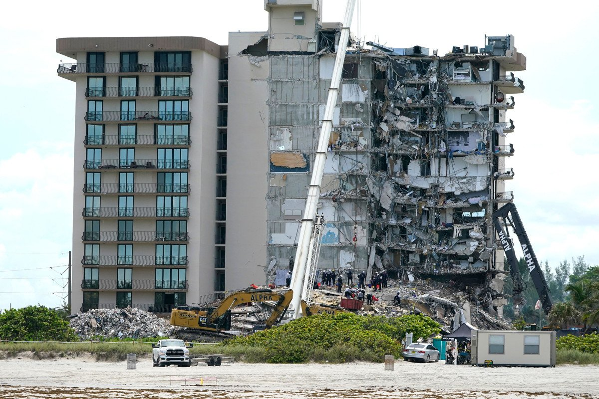 Agency that investigated fall of Twin Towers could probe Florida condo collapse