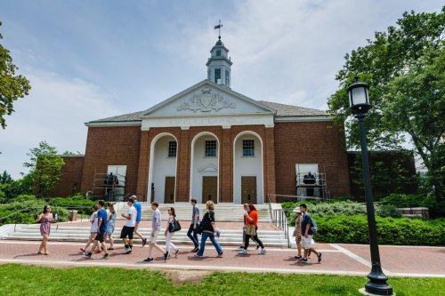 Hidden college admission factors that hurt students' chances of acceptance