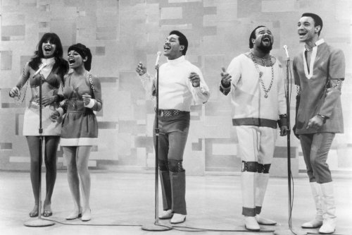 5th Dimension couple sings Beatles songs with civil rights twist