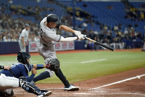 Aaron Judge comes off bench to beat Rays in extra innings