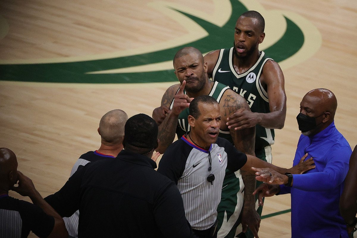 'Crazy' incident with Kevin Durant's security guard has Bucks fired up