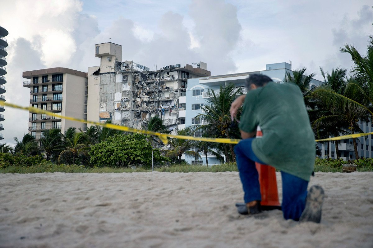 Fires hamper search for victims of Florida building collapse