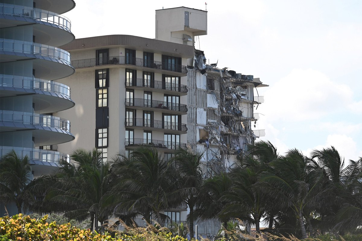 Developers of collapsed Florida building reportedly sidestepped codes, added penthouse