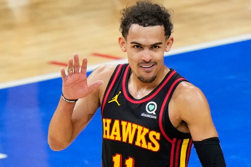 76ers fans toss trash on court after Hawks take Game 7