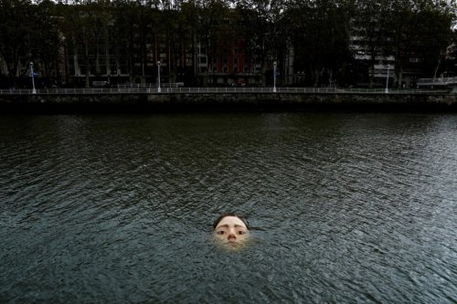 Drowning girl statue causes a stir in Bilbao