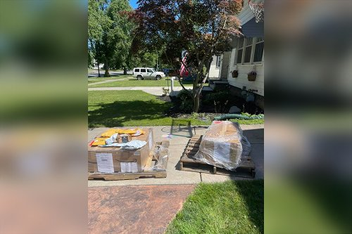 NY woman bombarded with hundreds of unordered packages