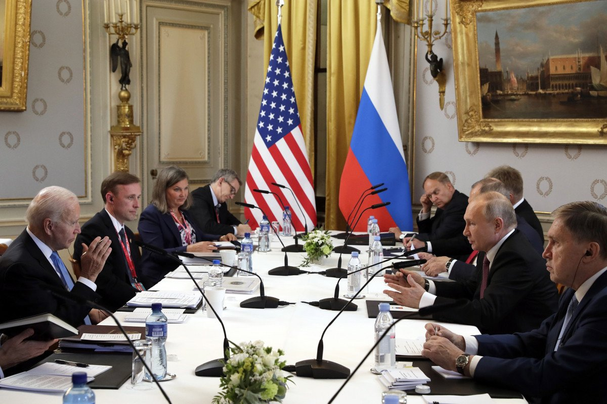 Putin summit wraps up early as WH again leaves US press in dark