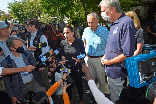 'I blame the mayor': Residents fume at de Blasio, AOC over flood