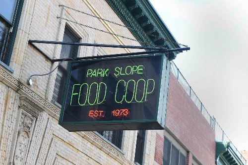 Bushwick residents sell 'locally sourced' food scraps to Park Slopers