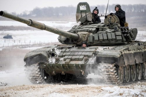 Russian troops on Ukraine border could trigger European war, says analyst
