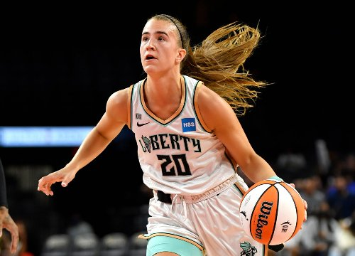 Liberty suffer blowout loss in Sabrina Ionescu's return to lineup