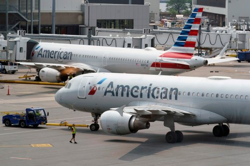 American Airlines reportedly warns pilots of nationwide fuel shortages