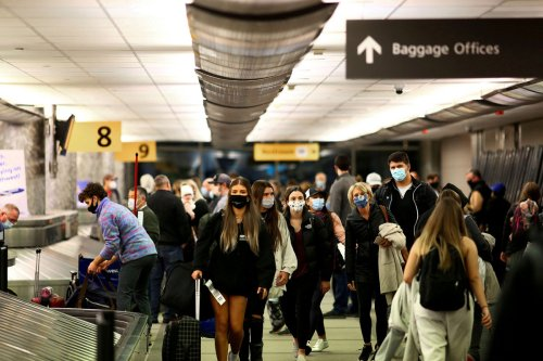 US will not lift travel restrictions, citing COVID-19 Delta variant