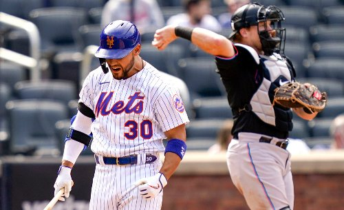 Mets open to moving struggling Michael Conforto down in order