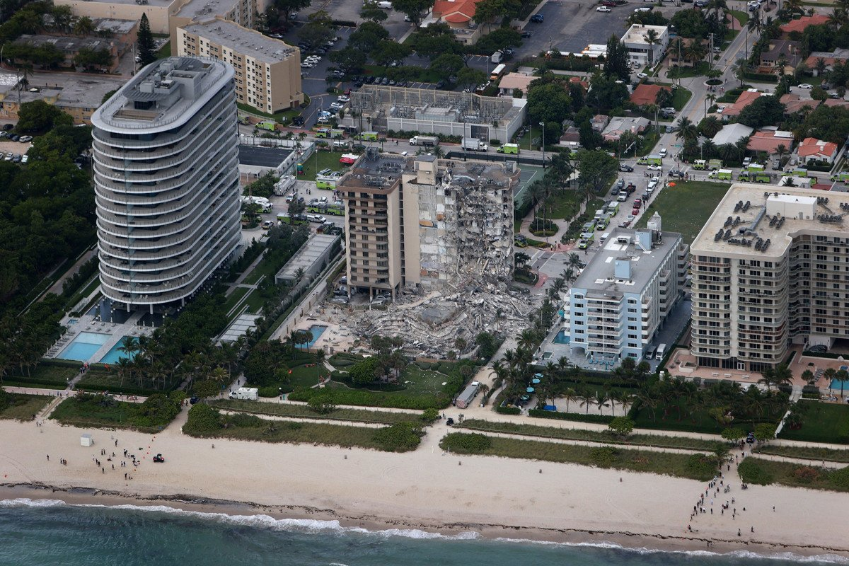 Collapsed Florida condo was sinking for decades, researcher says