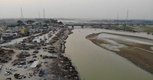 Covid Desperation Is Spreading Across India