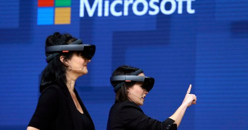Microsoft will make augmented reality headsets for the Army in a $21.9 billion deal.
