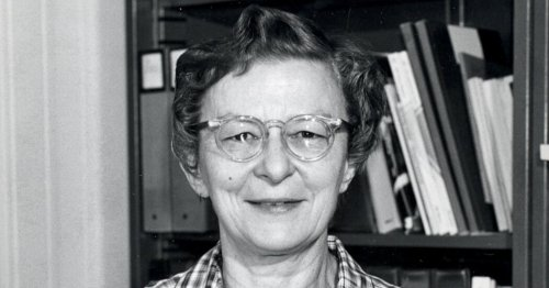 Ruth Freitag, Librarian to the Stars, Dies at 96