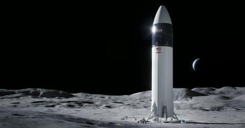 Bezos' Blue Origin Loses Challenge to NASA SpaceX Lunar Lander Contract