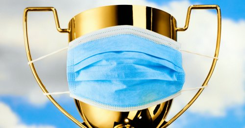 Masks, Especially Surgical Ones, Reduce Covid Risk