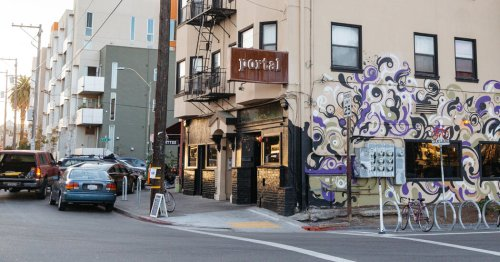 Oakland Restaurant Hopes to Recoup Pandemic Losses As California Reopens