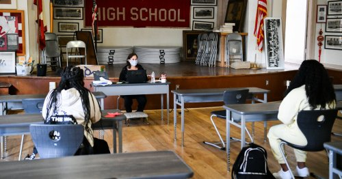 George Clooney's New Cause: A Public High School in Los Angeles